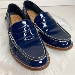 Navy blue patent leather seaport Sperry